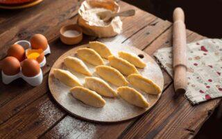 Traditionelle Ernährung: Pelmeni / Knödel
